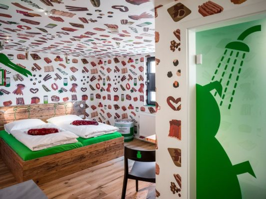 Bratwurst Hotel holiday2be