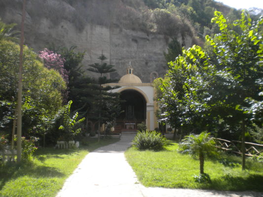 Spilinga Kalabrien Ausflugsziele holiday2be