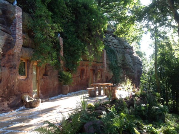 The Rockhouse Retreat holiday2be