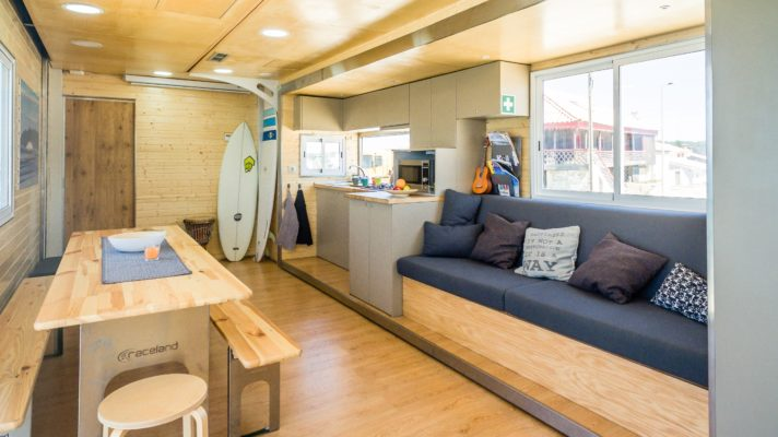 Truck Surf Hotel holiday2be